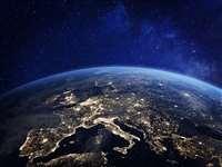 Geomagnetic Storm: पृथ्वी से टकरा सकता है जियोमैग्नेटिक स्टॉर्म, सैटेलाइट, इलेक्ट्रिक ग्रिड हो सकते हैं प्रभावित