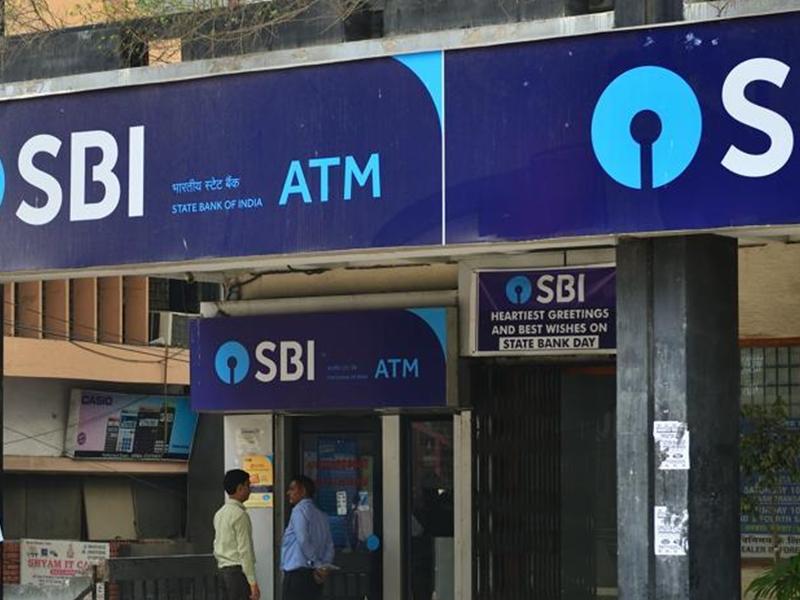 SBI Savings Account वाले ध्यान दें, 1 November 2020 से बदल रहा यह नियम