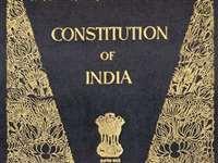 आलेख: संविधान के प्रति बढ़े सजगता