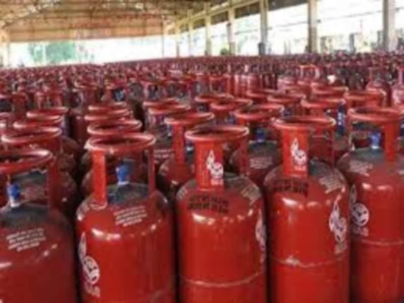 Bhopal News: शहर से बाहर होंगी 15 गैस एजेंसियां, रातीबड़ और रसूलिया गोसाई में ढूंढी जमीन