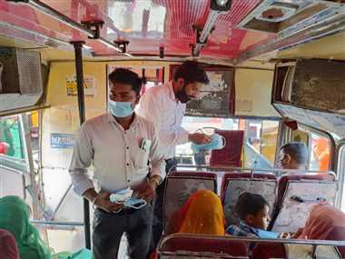 नीमच : बस यूनियन की पहल, बस यात्रियों को टिकट के साथ मास्क भी करेंगे वितरण