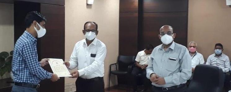power company indore: सम्मान से मिलती हैं श्रेष्ठ कार्य की प्रेरणा