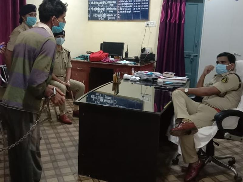 Raigarh Crime News: सिरफिरे ने खटिया के पाए से वार कर दो महिलाओं की ले ली जान