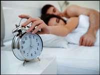 Morning Get Up Tips: सुबह जल्दी उठना चाहते हैं तो आजमाएं ये पांच तरीके