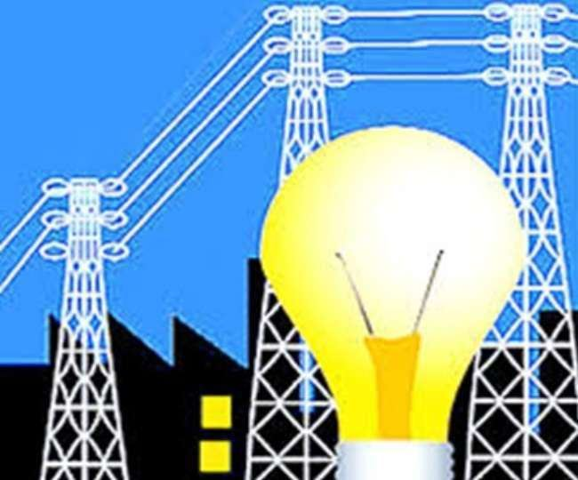 उज्जैन में आंधी से बिजली गुल, कर्मचारियों की हड़ताल से घंटों बाद लौटी