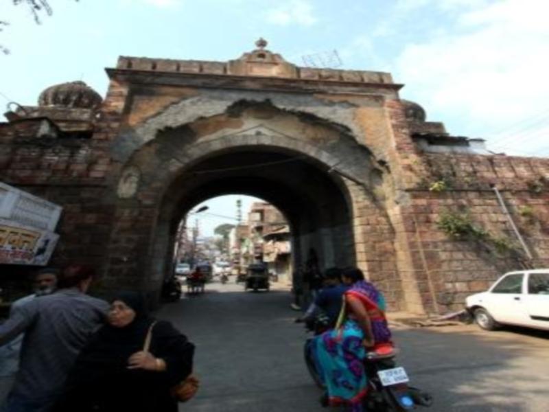 Bhopal News : 2014 से चल रही है नगर के ऐतिहासिक दरवाजों को संवारने की कवायद, चार कलेक्टर बदले, फिर भी हालात जस-के-तस