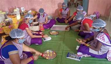 Health News : पोषक खाद्य सामग्री तैयार करने के लिए महिलाओं ने चुना रागी-कोदो-कुटकी