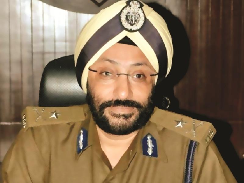IPS GP Singh Case Breaking News: जीपी सिंह हाजिर हों, निलंबित एडीजी को गुरुवार 12 बजे तक पहुंचने का नोटिस