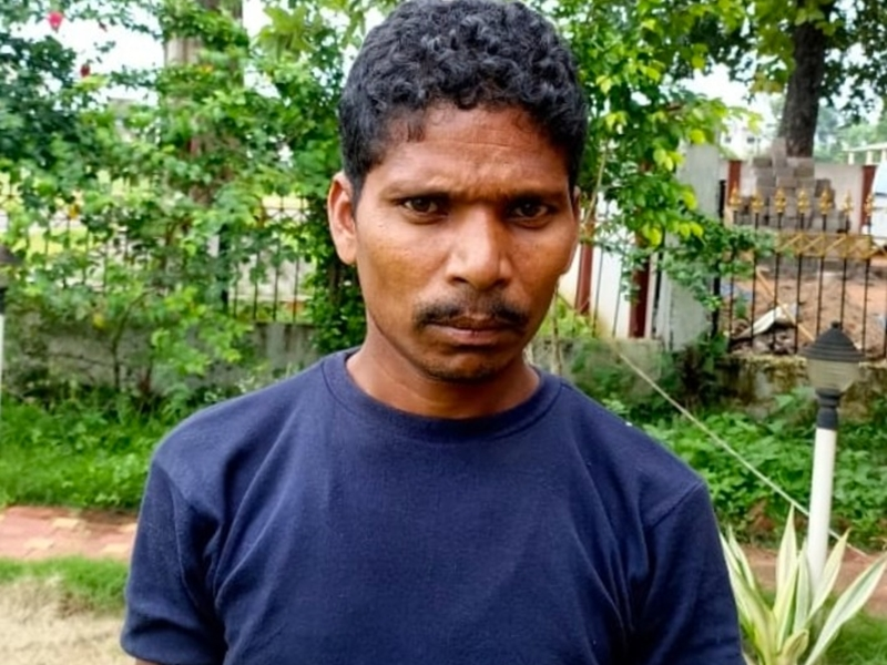 Anti Naxalite Operation: पुलिस ने पांच लाख के इनामी मिलिशिया कमांडर चीफ को दंतेवाड़ा से किया गिरफ्तार