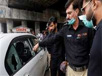 Pakistan: कराची में चीनी नागरिकों की कार पर ताबड़तोड़ फायरिंग, एक शख्स घायल