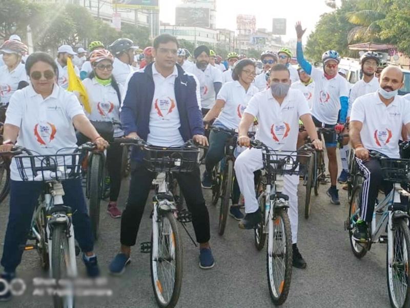 Cycle Rally In Raipur: पर्यटन को लेकर जागरूक करने के लिए 125 लोगों ने रायपुर में चलाई साइकिल