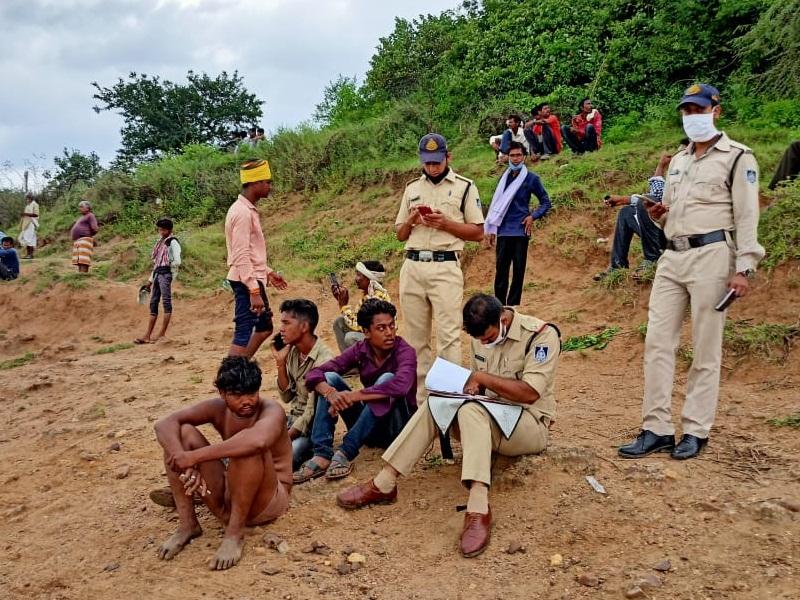 Narsinghpur News: महालक्ष्मी पर्व का स्नान करते समय नर्मदा में डूबने से ननद की मौत, भाभी लापता