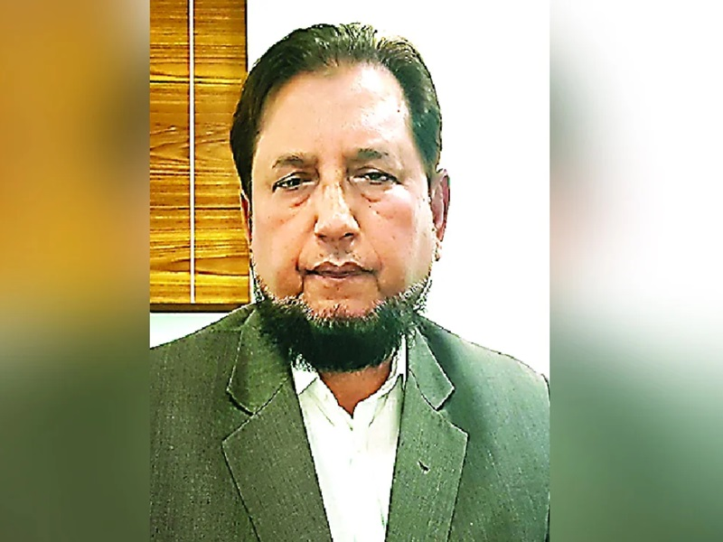 UP: IAS अधिकारी इफ्तिखारुद्दीन का वीडियो वायरल, डिप्टी सीएम बोले- मतांतरण के आरोपों की जांच होगी