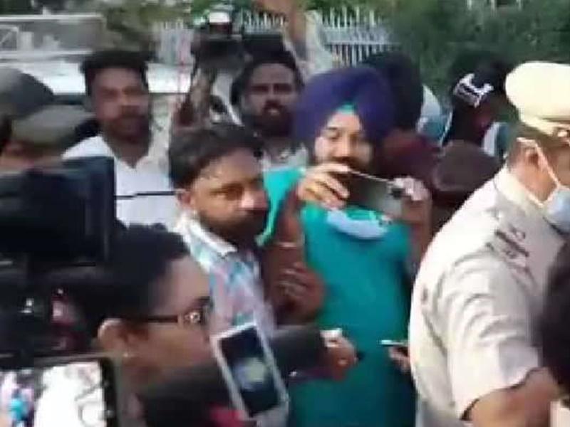 Punjab Congress Politics : सिद्धू के बाद पंजाब के मंत्री परगट सिंह सहित कोषाध्यक्ष का भी इस्तीफा