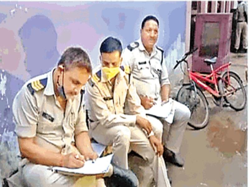 Gwalior suicide News: गर्भवती ने मौत के लिए जिम्मेदारों के नाम सुसाइड नोट के साथ हाथ पर भी लिखे