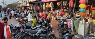 यातायात नियमों के उल्लंघन से हो रहीं जिले भर में सड़क दुघटनाएं