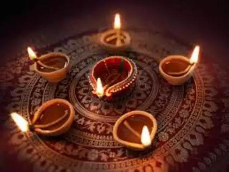 Dev Deepawali Wishes 2020: देव दीपावली पर इन संदेशों के साथ दें शुभकामनाएं