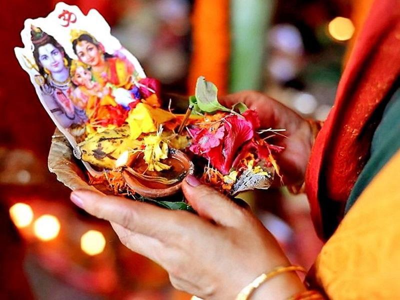 Hariyali Teej 2021: सुहागिन महिलाओं के लिए ये पर्व होता है बेहद खास, जानें शुभ मुहूर्त, पूजा-विधि और व्रत रखने का समय