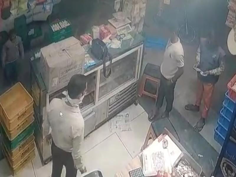 Bhopal Crime News : संत हिरदाराम नगर में हुई चोरी, सीसीटीवी में कैद हुए चोरों के चेहरे पुलिस ने 2 घंटे में ही हिरासत में लिया