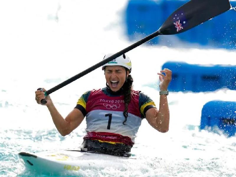 Tokyo Olympics: ऑस्ट्रेलियाई खिलाड़ी ने किया खुलासा, कंडोम की मदद से मिला सिल्वर मेडल