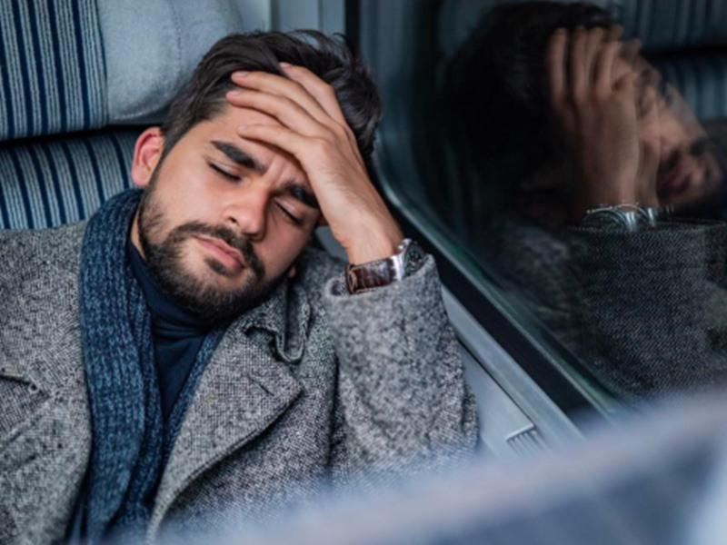 Migraine: माइग्रेन से राहत के लिए इन आसान बातों को नजरअंदाज न करें