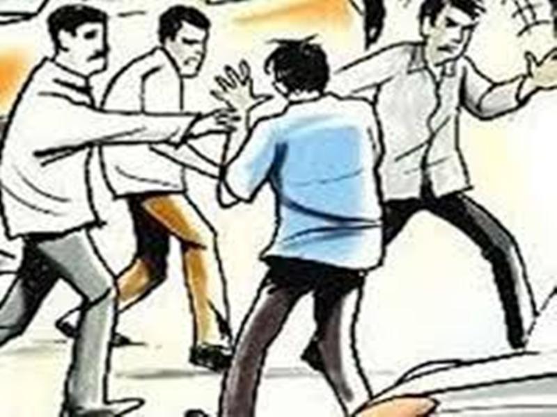 Indore crime news: पति ने पत्नी को पीटा हत्या की धमकी दी