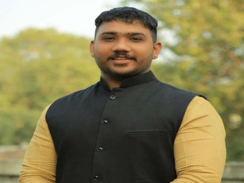 Indore Congress: पुलिस ने जिसे फरार घोषित कर रखा इनाम, वो बना युवा कांग्रेस चुनाव में प्रत्याशी