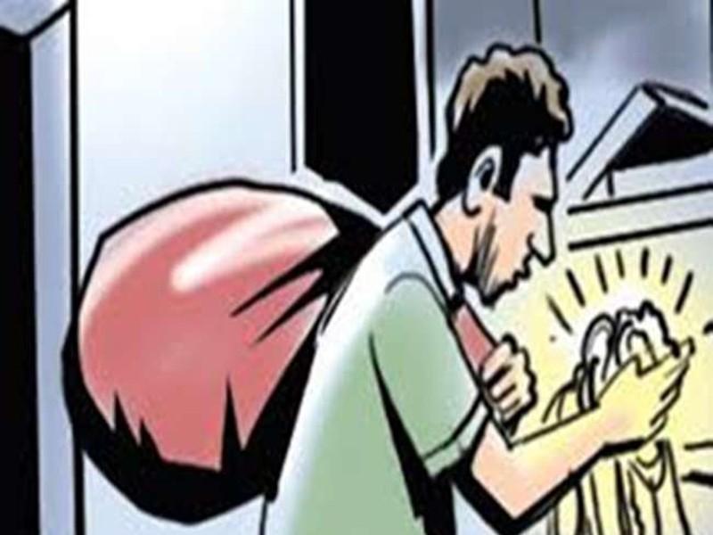Jabalpur Crime News: चांदी का सिक्का खरीदने आया था, पलक झपकते ही सोने के जेवर ले भागा