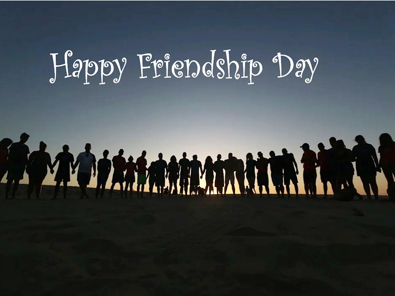 Friendship Day 2021: 1 अगस्त को है फ्रैंडशिप डे, अपने दोस्तों गिफ्ट कर सकते हैं ये कूल गजेट्स