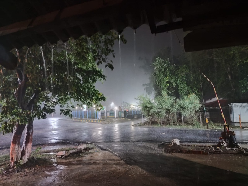 Jabalpur Weather News: सावन की झड़ी ने पकड़ी रफ्तार, बारिश का आंकड़ा 15 इंच के पार