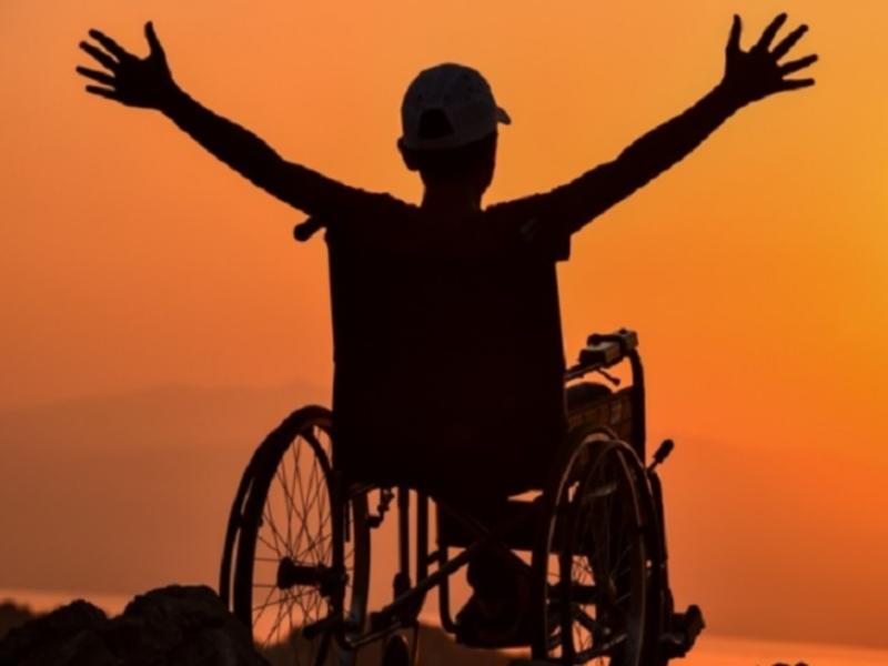 Indore News: डिसेबिलिटी कोई बीमारी नहीं है इससे पीड़ित व्यक्तियों की मदद कीजिए