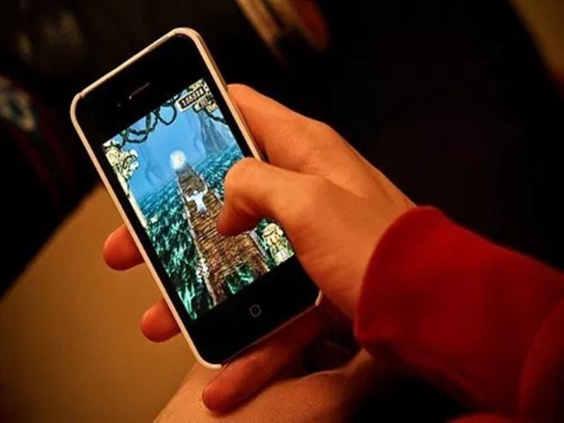 New Year 2021: आज से WhatsApp, Mobile Calling और Twitter पर लागू होंगे ये नए नियम
