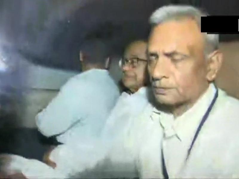 INX Media Case : 34 मिनट के हाई वॉल्टेज ड्रामे के बाद चिदंबरम गिरफ्तार, आज कोर्ट में किया जाएगा पेश