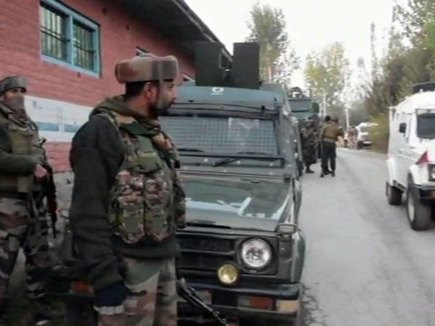 पुलवामा में सुरक्षाबलों ने मुठभेड़ में एक आतंकी को किया ढेर, गोला-बारूद बरामद