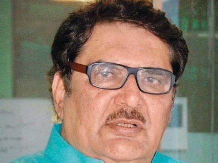 अंसारी के बयान को रजा मुराद ने भी दी हवा, बोले- पूर्व उपराष्ट्रपति ने सही कहा