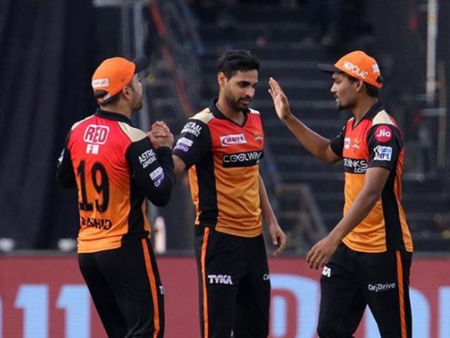 IPL 2019 : सनराइजर्स के नाम दर्ज हुआ अनोखा रिकॉर्ड, IPL इतिहास में पहली बार हुआ ऐसा