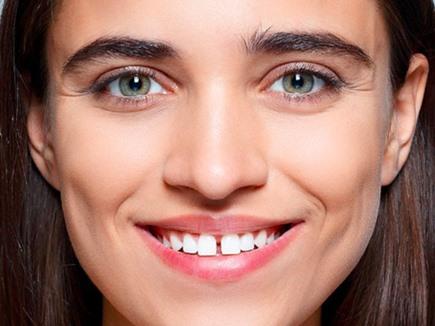 जिनके दांतों के बीच होता है गैप, उनकी इन मामलों में कोई नहीं कर सकता बराबरी
