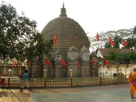 Stealing-in-this-temple-located-in-India-fulfills-all-desires