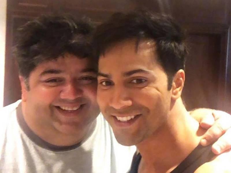 Varun Dhawan ने मजेदार video में मिलवाया अपने साथी से, Coolie No 1 में काम करेंगे दोनों