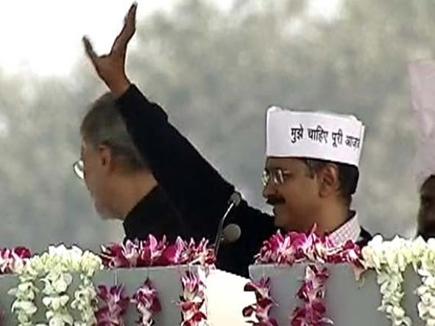 केजरीवाल बने दिल्ली के मुख्यमंत्री
